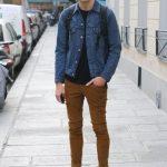 kahverengi-pantolon-uzerine-kot-gomlek-erkek